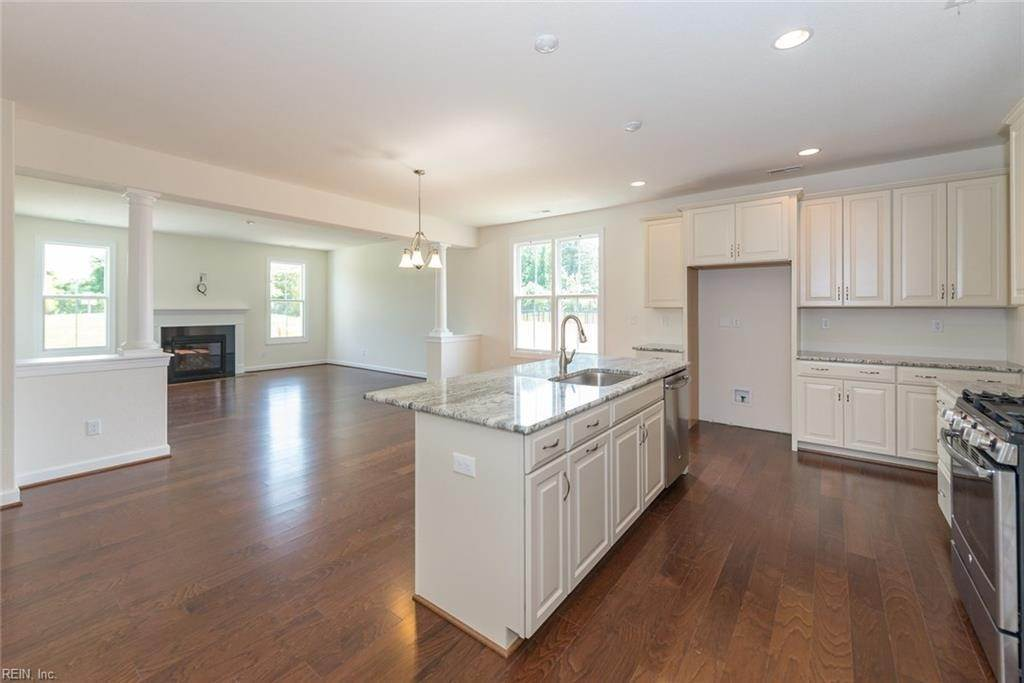 16. Residential for Sale at MM Linden @ Cypress Creek Smithfield, Virginia 23430 United States