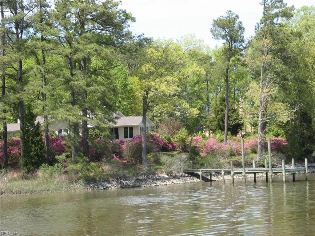 Residential for Sale at 20240 Paleo Point Lane Smithfield, Virginia 23430 United States