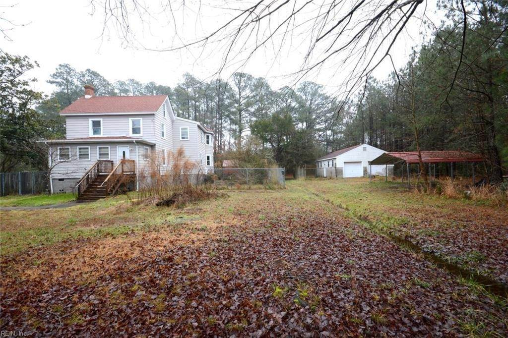 Residential for Sale at 3231 Kings Creek Road Hayes, Virginia 23072 United States