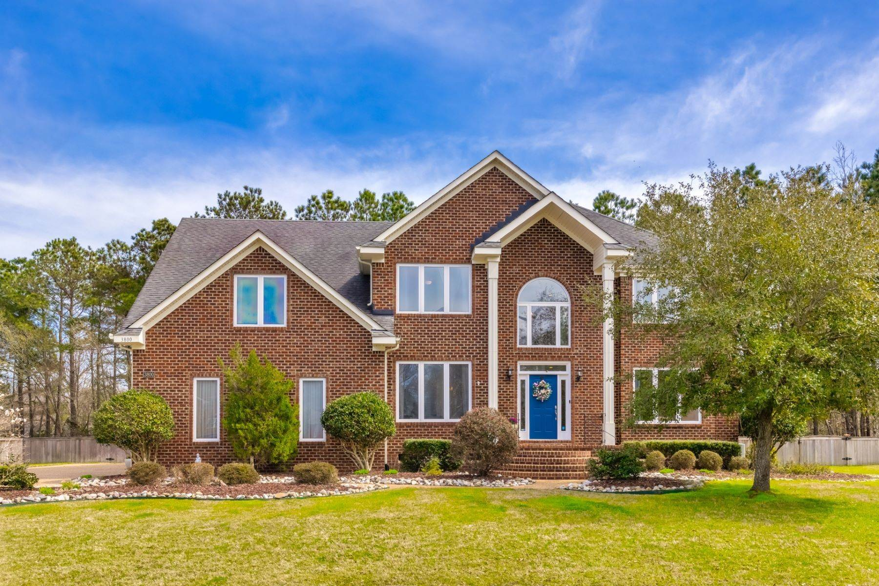Single Family Homes for Sale at Morgans Walker 3800 Sterling Cove Court Virginia Beach, Virginia 23456 United States