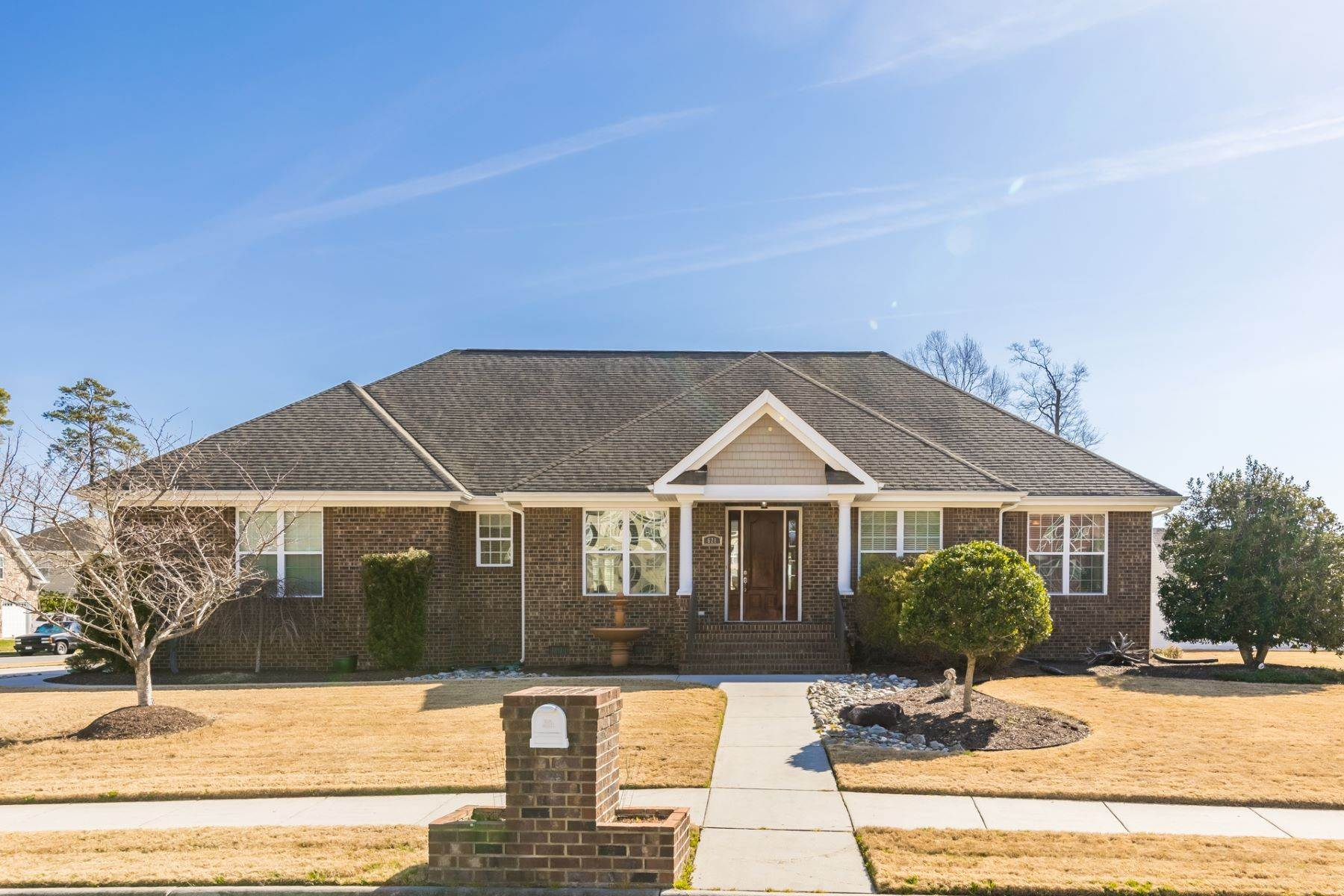 Single Family Homes for Sale at 621 Flint Chip Dr, Chesapeake 621 Flint Chip Drive Chesapeake, Virginia 23320 United States